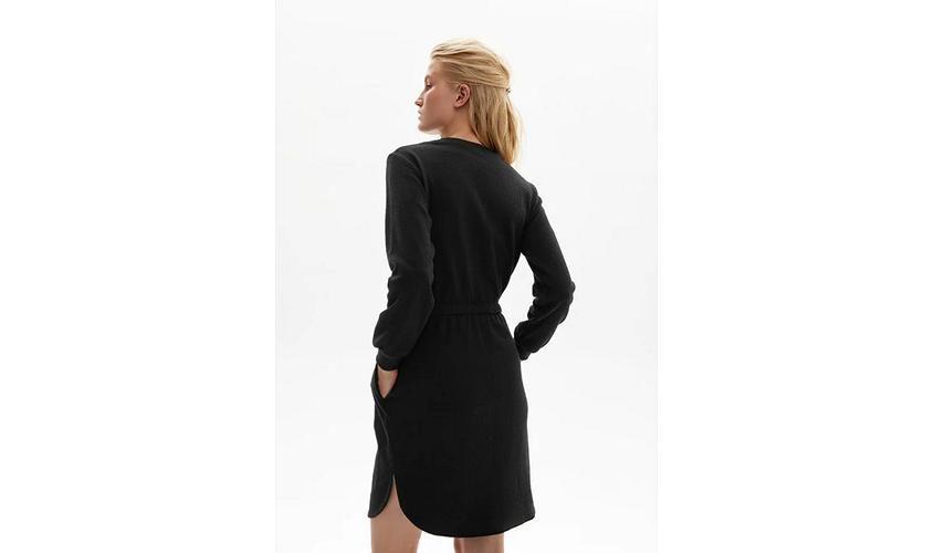 Платье Фаберлик черное вид сзади