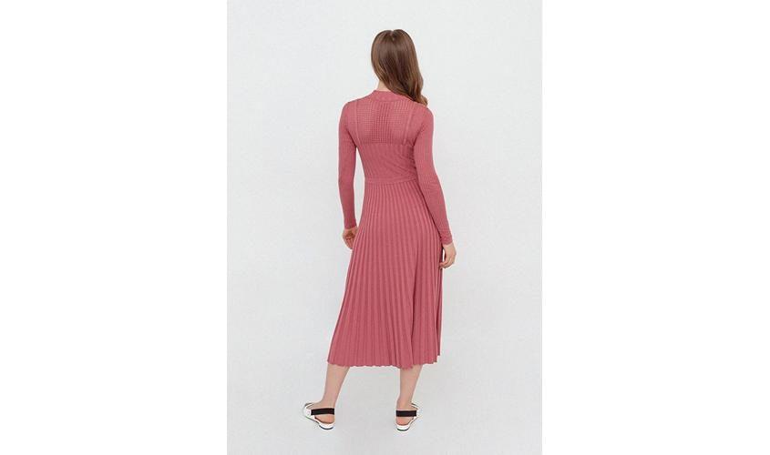 Платье Фаберлик вязаное розовое